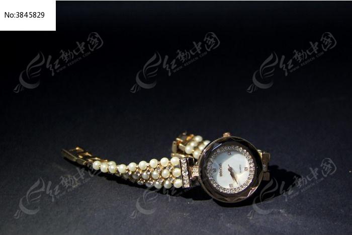 珍珠表带手表图片