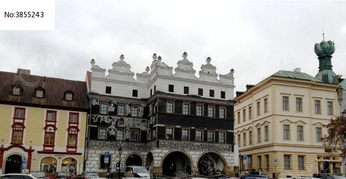 捷克小城的古老建筑图片
