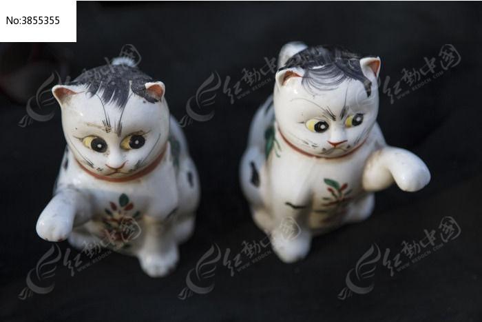 两只花猫陶瓷雕塑图片