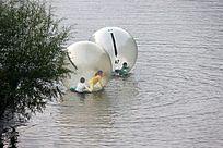 水上跑步球