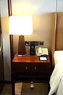 酒店客房床头物品物件摆设实景