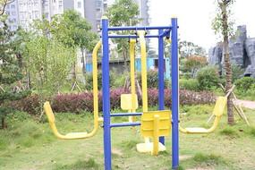 小区健身运动设施备器材实景