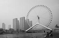 冬天海河大桥摩天轮及沿岸建筑