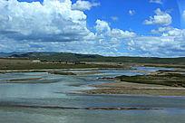 西藏蓝天白云大草原大气山河