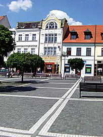 欧洲小镇广场一瞥