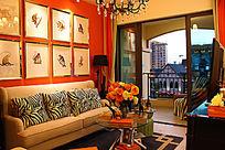 橙色主题的客厅装修图