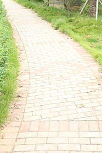 花园区地板砖拼花小路