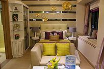 现代欧美风格的卧室装修实景图