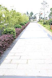小区内公园石板小路