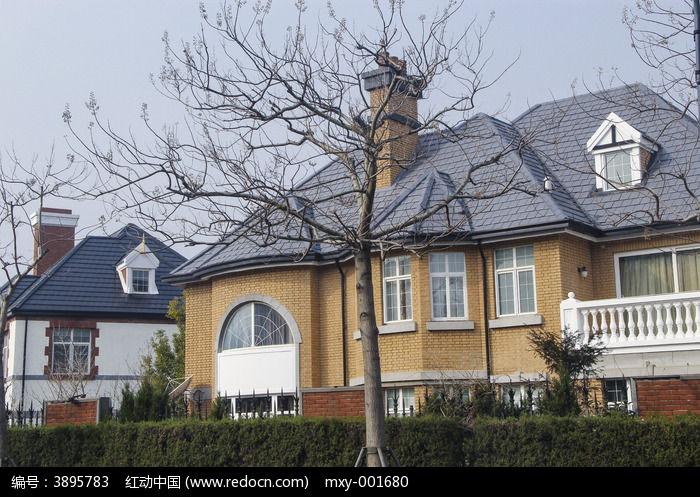 乡村小镇 > 欧式庭院-冬日风情图片图片