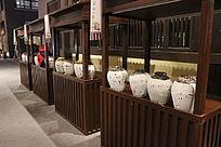 中式传统酒坛