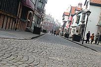 泰晤式小镇中的石阶路