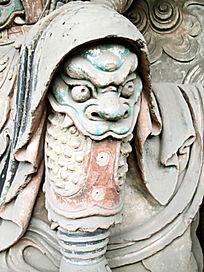 戴头套神兽雕塑
