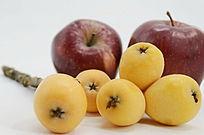 棚拍枇杷果苹果图片