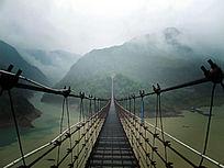 中国第一长人行悬索桥-白鹤飞渡