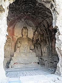 宾阳南洞佛像