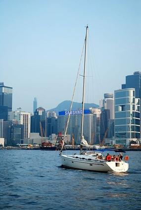 维港的帆船