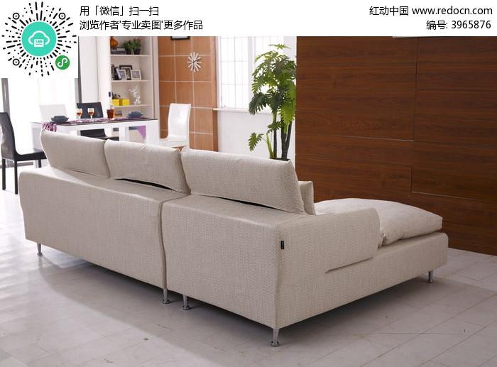 白色沙发背面图片