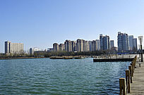 湖岸景观楼