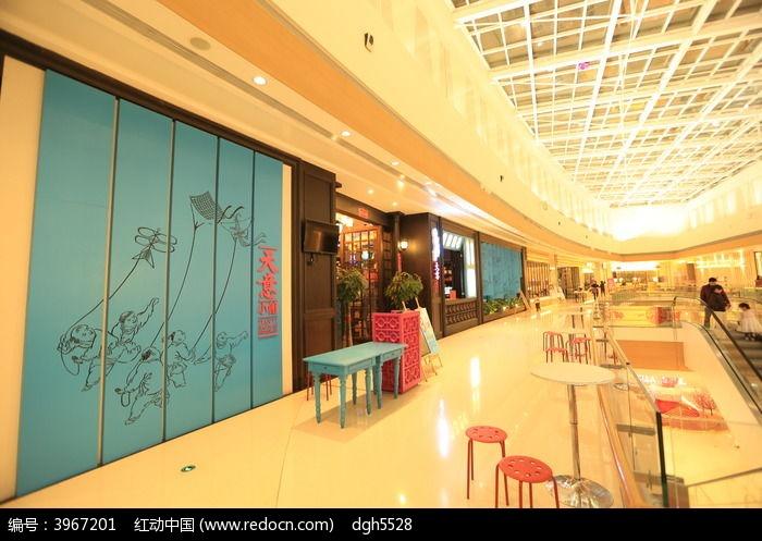 商场过道走廊图片