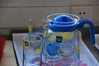 玻璃茶壶及水杯