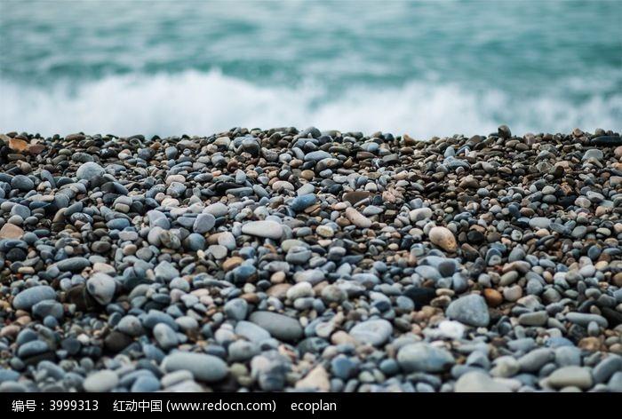 海滩鹅卵石