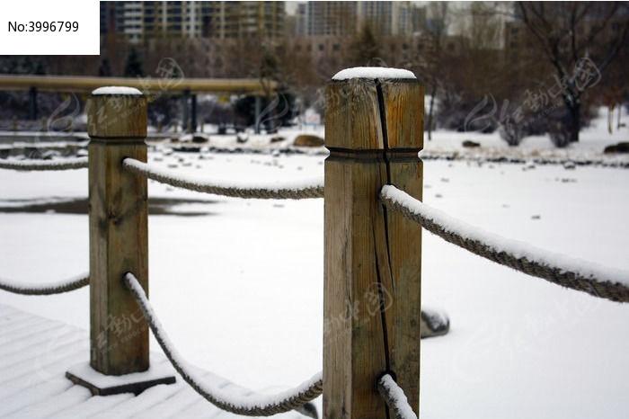 木桥栏杆特写图片,高清大图_森林树林素材