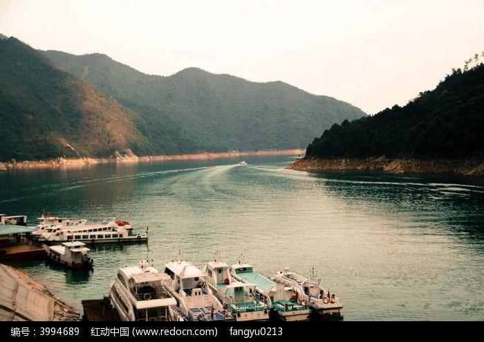 原创摄影图 自然风景 江河湖泊 港湾  请您分享: 红动网提供江河湖泊