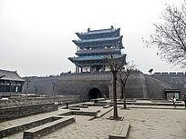 平遥古城城楼侧景