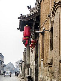 平遥古城屋檐红灯笼