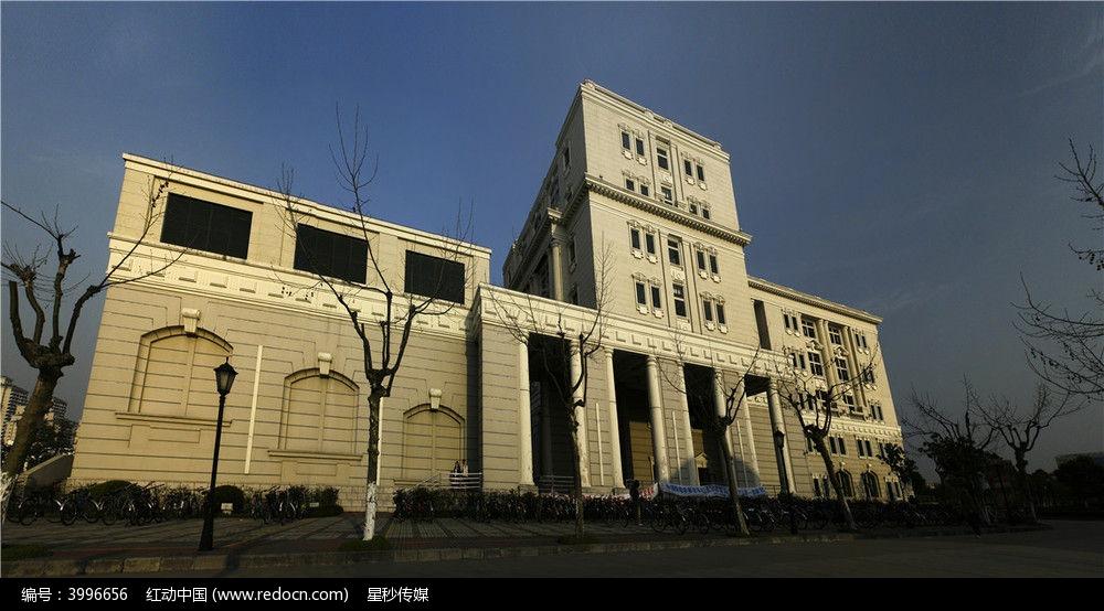 学校建筑物图片