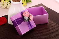 紫色包装礼盒
