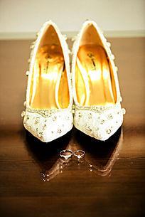 水晶鞋 女鞋 时尚女鞋 婚鞋 结婚典礼女鞋