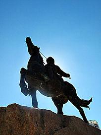 苏炳文将军骑马雕塑