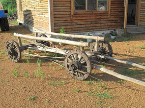 老式俄罗斯四轮车