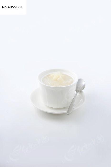 椰汁雪耳炖雪蛤膏图片