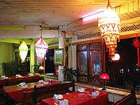 丽江古城一家餐馆