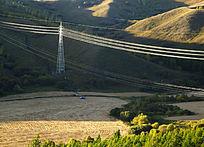 山野中输电线路