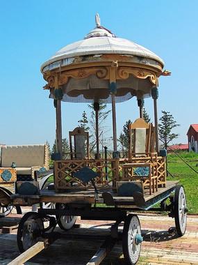 俄罗斯老式四轮马车