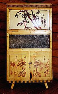 1960年代林业家庭的实木橱柜