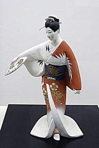 传统服饰日本偶人