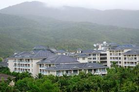 亚龙湾山林建筑