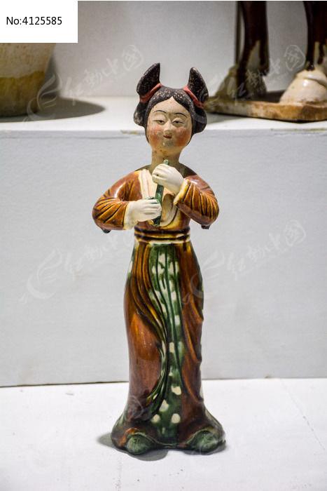 唐代侍女俑图片,高清大图