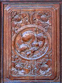 白族民居门窗精美木雕画