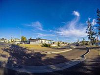 澳洲袋鼠岛上小镇的公路弯道