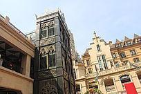 教堂广场的电梯