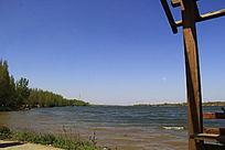 南阳白河畔风光