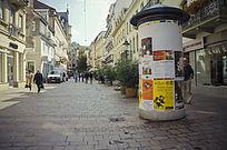 德国小镇惯用的报亭,很有趣!