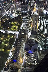 灯火通明的悉尼城市