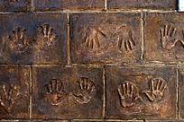 和平广场抗战墙